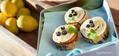 Bananmuffins med blåbær – vegetaroppskrift