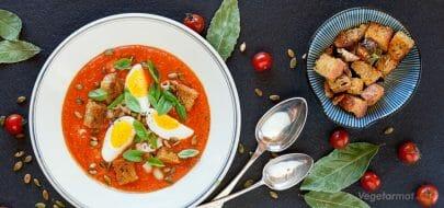 Spansk tomatsuppe – vegetaroppskrift