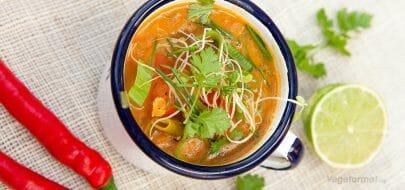 Heit linsesuppe – vegetaroppskrift