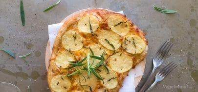 Pizza bianca med potet og fennikel – vegetaroppskrift
