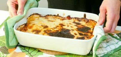 Tradisjonell, gresk vegetarmoussaka – vegetaroppskrift