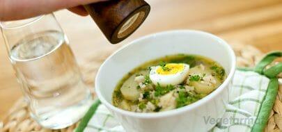 Potetsuppe med grønne erter og risottoris – vegetaroppskrift