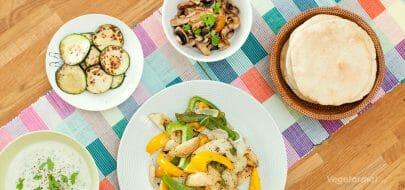 Pita gyro med grilla grønnsaker og tzatziki – vegetaroppskrift
