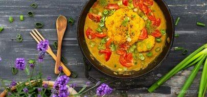 Helbakt blomkål med daal – vegetaroppskrift