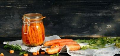Fermenterte gulrøtter – vegetaroppskrift
