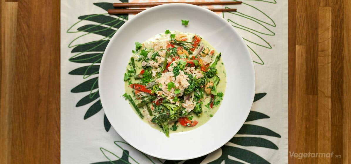 Grønn wok med kokosmelk